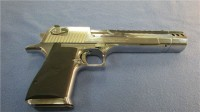 MAGNUM RESEARCH- DESERT EAGLE.4